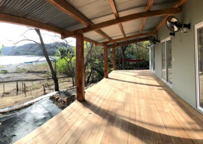 rental_villa_deck